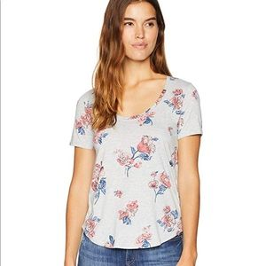 Lucky Brand NWT all over roses gray T-shirt tee